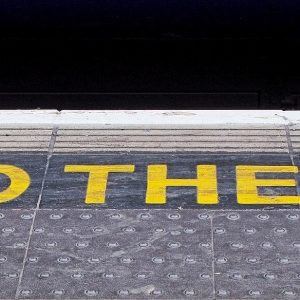railway-london-mind-the-gap
