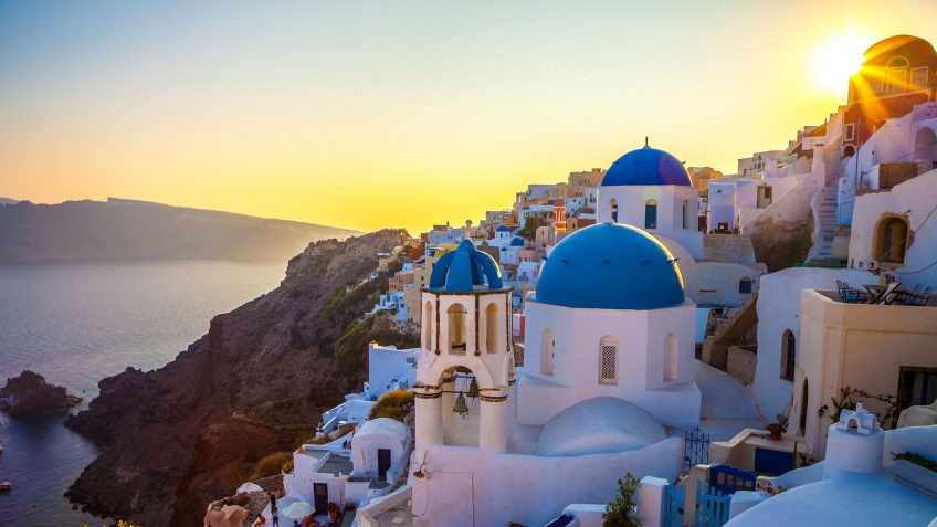 Ταξίδι στη Σαντορίνη | Αεροπορικές εκδρομές στην Ελλάδα με το Prima Holidays
