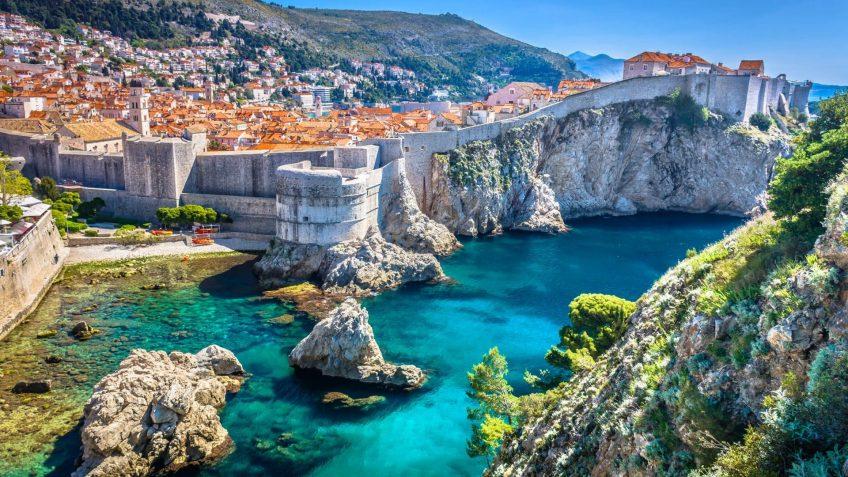 Εκδρομή στη Δαλματία | Ταξιδέψτε στις Δαλματικές ακτές και το Ντουμπρόβνικ με την Prima Holidays. Αεροπορικά & Οδικά ταξίδια στο Kings Landing του Game of Thrones!