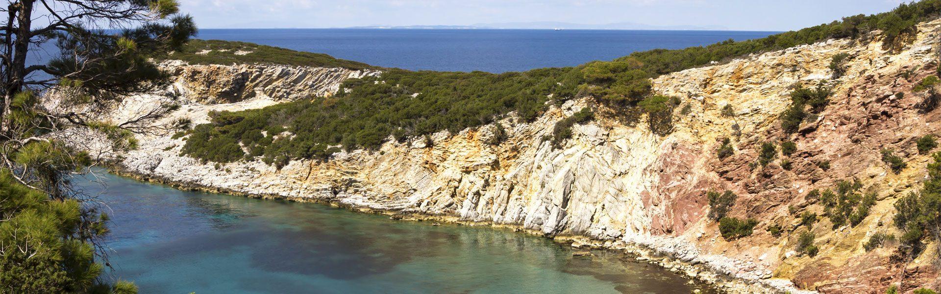 Ταξιδέψτε αεροπορικώς στη Σκύρο για το Καλοκαίρι. Fly & Drive με την Prima Holidays σε όλη την Ελλάδα