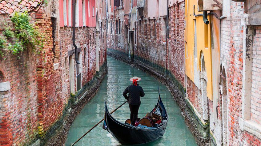 Αεροπορικό ταξίδι στην Ιταλία - Ταξιδέψτε στη Ρώμη, το Μιλάνο, τη Βενετία, τη Φλωρεντία και τη Βερόνα   Καλοκαίρι με το Prima Holidays