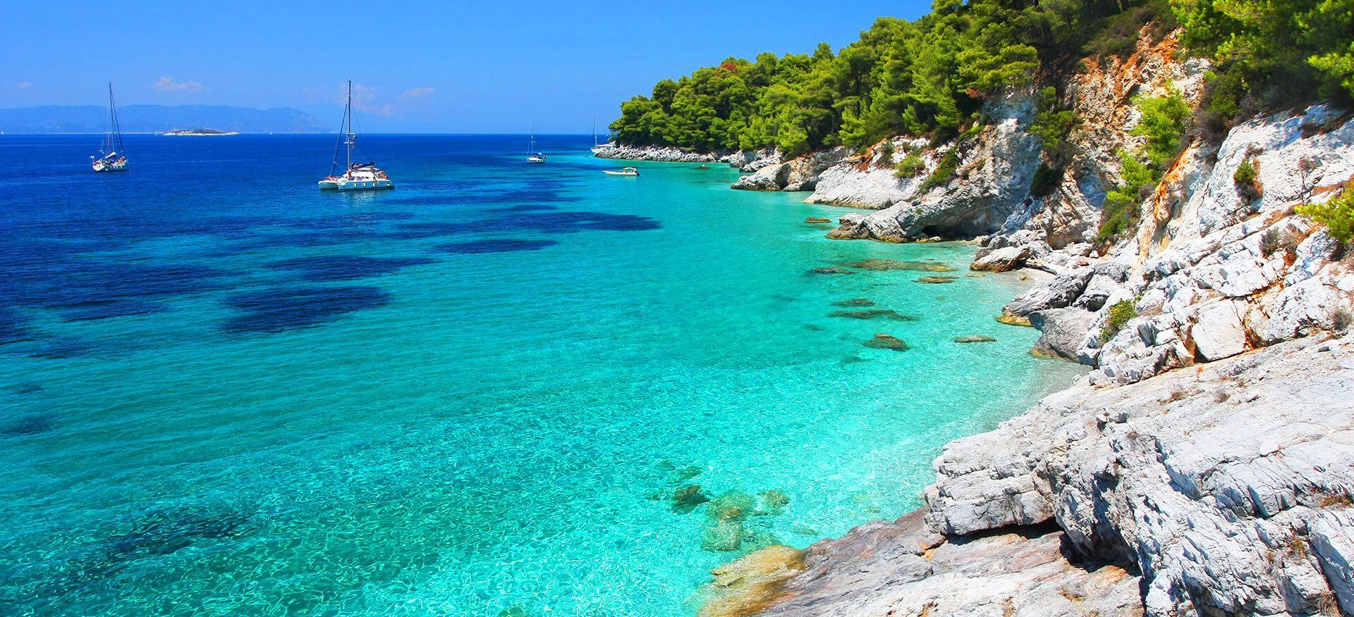 Εκδρομή στις Σποράδες για το Καλοκαίρι | Ταξιδέψτε στη Σκιάθο, τη Σκόπελο και την Αλόννησο με το Prima Holidays
